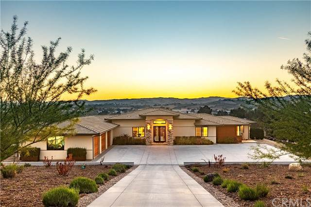 2280 Iron Stone Loop, Templeton, CA 93465 (#NS21101531) :: Zutila, Inc.