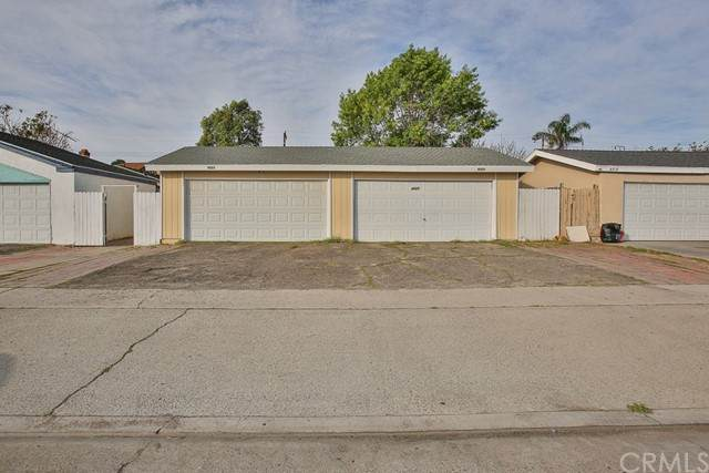 4521 4523 W 3rd Street, Santa Ana, CA 92703 (#OC21073051) :: Frank Kenny Real Estate Team