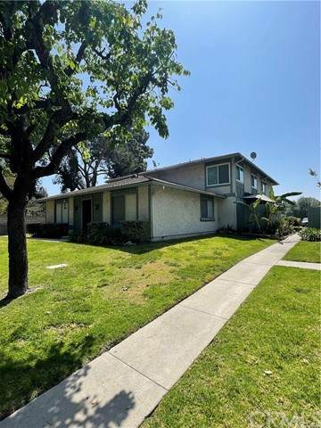 842 W Sierra Madre Avenue #4, Azusa, CA 91702 (#PW21101492) :: Steele Canyon Realty