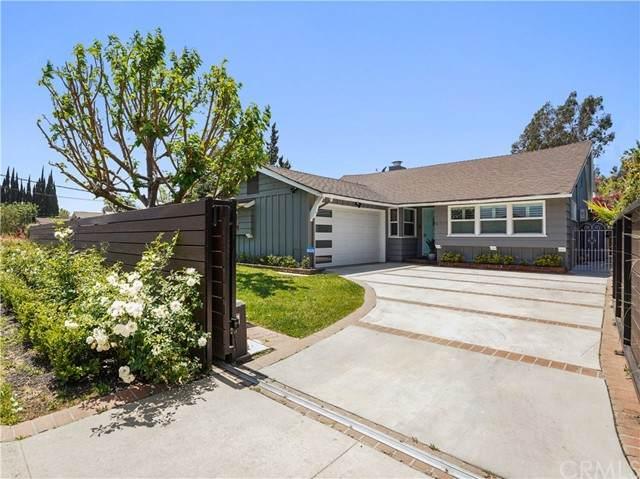 6711 Sunnyslope Avenue, Valley Glen, CA 91401 (#BB21101701) :: Zutila, Inc.