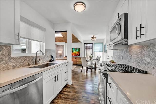 347 Walnut Street, Newport Beach, CA 92663 (#PW21099517) :: Better Living SoCal