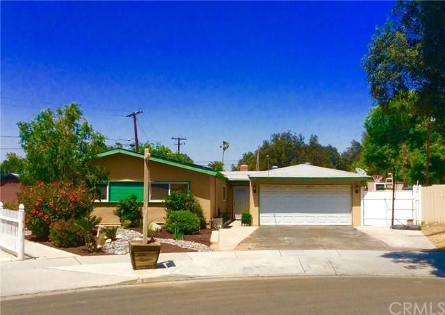 8211 Acapulco Place, Riverside, CA 92504 (#EV21098511) :: The Brad Korb Real Estate Group