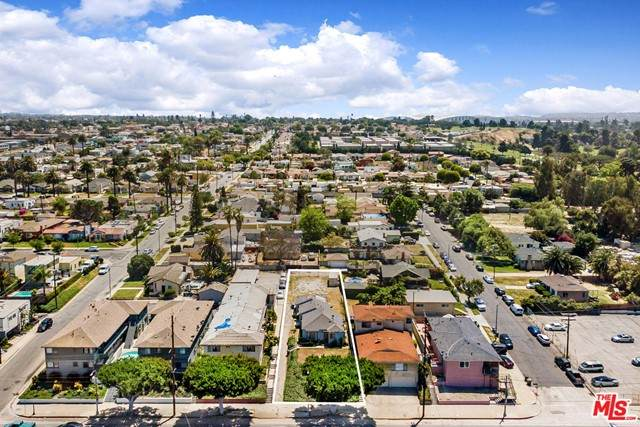 3520 W Florence Avenue, Los Angeles (City), CA 90043 (#21731248) :: Better Living SoCal