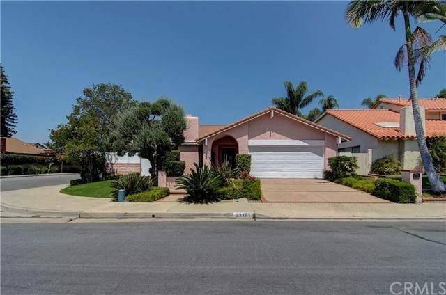 22761 Fortuna Lane, Mission Viejo, CA 92691 (#NP21102096) :: Rogers Realty Group/Berkshire Hathaway HomeServices California Properties