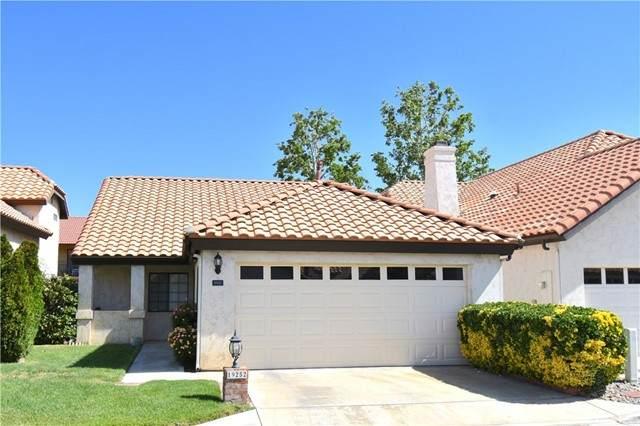 19252 Pine Way, Apple Valley, CA 92308 (#CV21099996) :: Mainstreet Realtors®