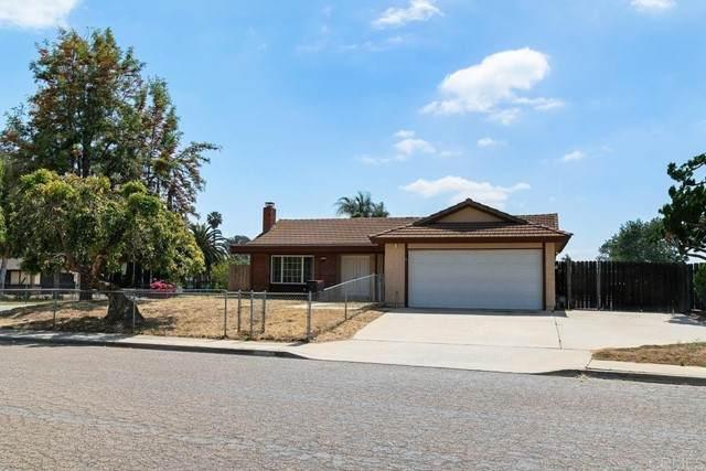 1031 Summerfield Pl, Escondido, CA 92027 (#NDP2105296) :: Mainstreet Realtors®