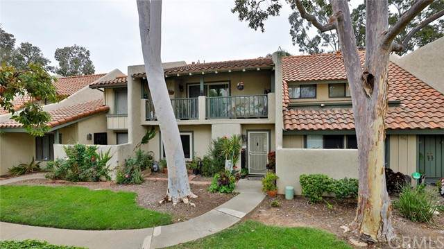 1521 Camelot Drive, Corona, CA 92882 (#CV21102446) :: The Results Group