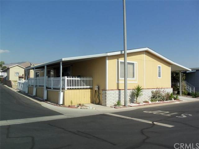 2140 Mentone Boulevard #164, Mentone, CA 92359 (#EV21102576) :: Wahba Group Real Estate   Keller Williams Irvine