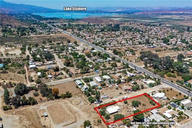 19657 Grand Avenue, Lake Elsinore, CA 92530 (#SW21101442) :: Compass