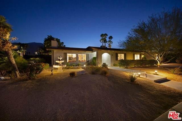 913 N Calle Loro, Palm Springs, CA 92262 (#21729592) :: Blake Cory Home Selling Team