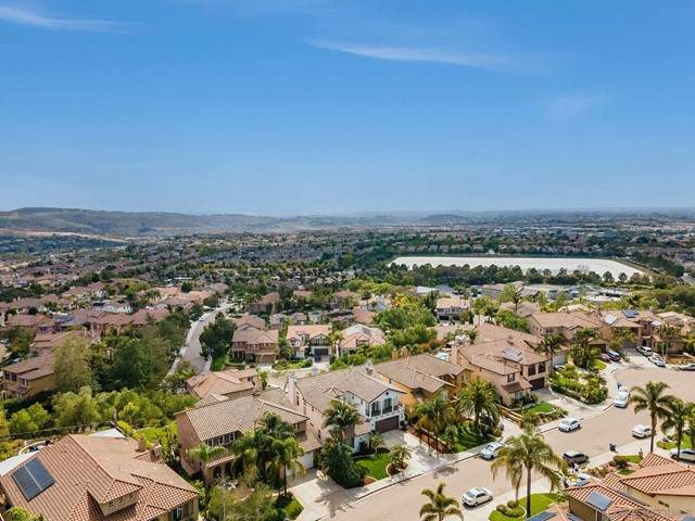 10944 La Alberca Ave, San Diego, CA 92127 (#210012837) :: Massa & Associates Real Estate Group | eXp California Realty Inc