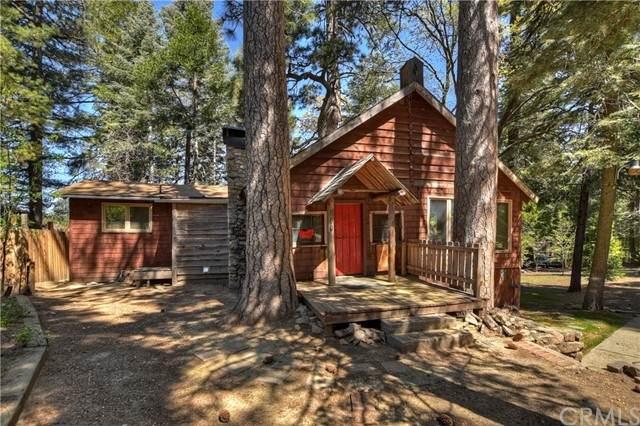 880 Hidden Lane, Lake Arrowhead, CA 92352 (#EV21102749) :: Mainstreet Realtors®