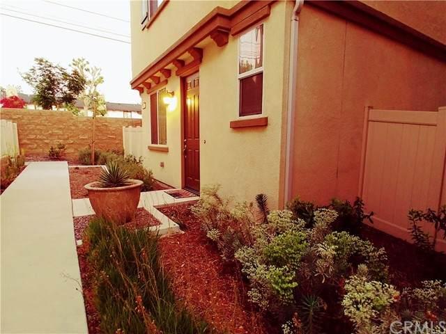 797 Banyan Way, Pomona, CA 91767 (#OC21102558) :: Mainstreet Realtors®