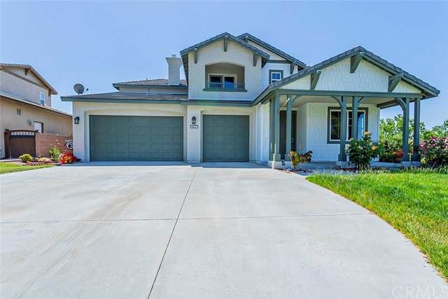 11687 Bluegrass Road, Yucaipa, CA 92399 (#IV21102880) :: Compass
