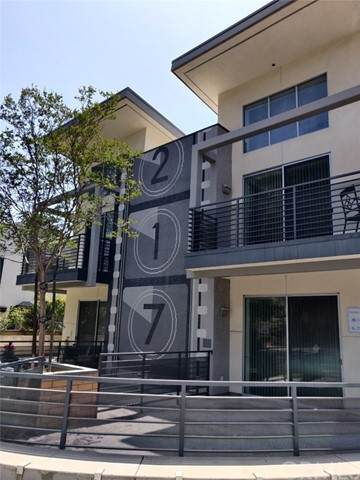 217 S Marengo Avenue #106, Pasadena, CA 91101 (#WS21102927) :: Rogers Realty Group/Berkshire Hathaway HomeServices California Properties