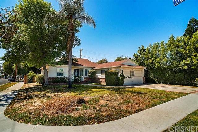 8003 Aldea Avenue, Lake Balboa, CA 91406 (#SR21094441) :: Power Real Estate Group