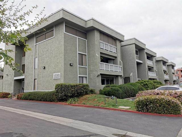 1020 E Washington Ave #92 #92, Escondido, CA 92025 (#210012899) :: Steele Canyon Realty