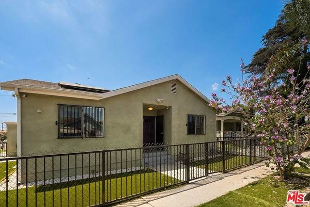 6535 Estrella Avenue, Los Angeles (City), CA 90044 (#21731886) :: Jett Real Estate Group
