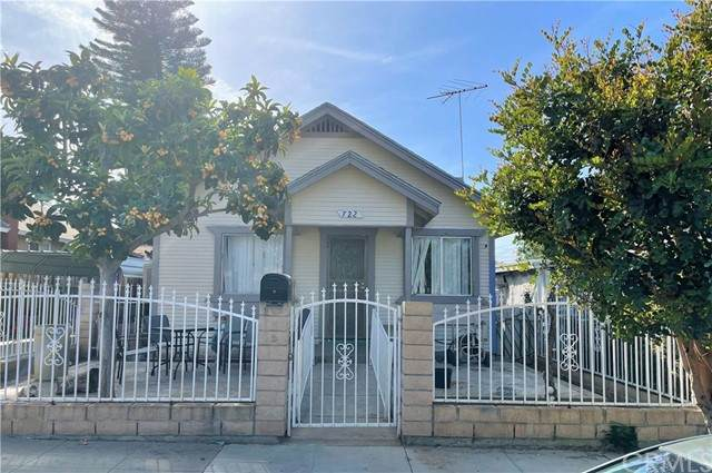 722 Harris Street, Corona, CA 92882 (#PW21102957) :: McKee Real Estate Group Powered By Realty Masters & Associates