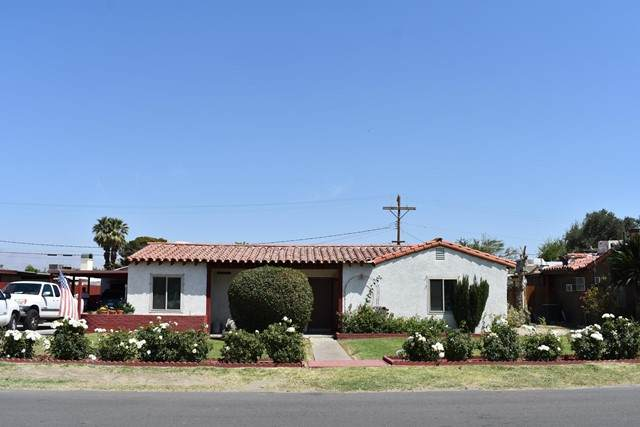 45162 Elm Street, Indio, CA 92201 (#219062025DA) :: The Alvarado Brothers