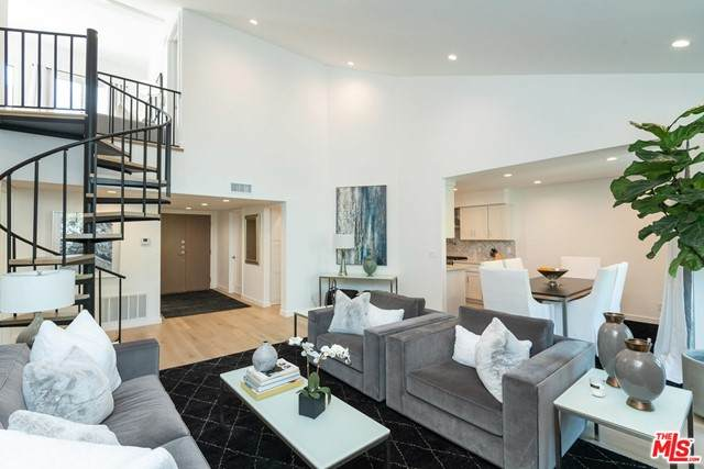 723 Westmount Drive #307, West Hollywood, CA 90069 (#21731426) :: Mark Nazzal Real Estate Group