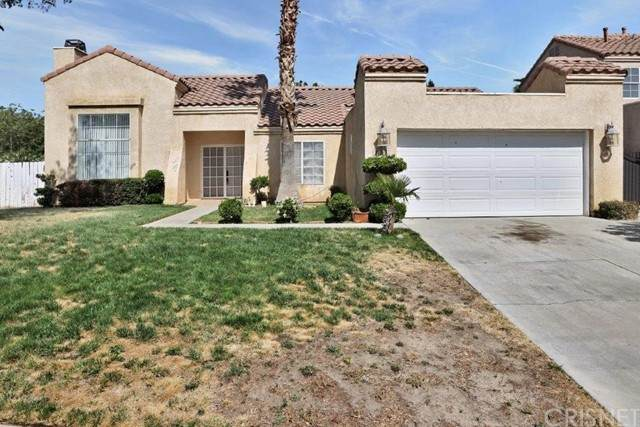 37252 Little Sycamore Street, Palmdale, CA 93552 (#SR21101123) :: The Alvarado Brothers