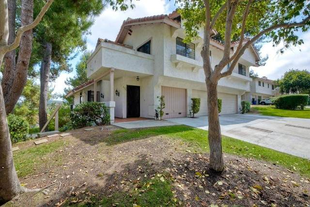 3117 Avenida Olmeda, Carlsbad, CA 92009 (#NDP2105344) :: Steele Canyon Realty