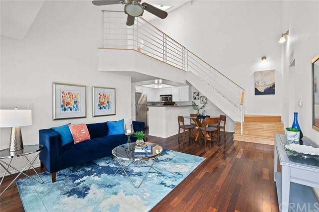 64 N Mar Vista Avenue #218, Pasadena, CA 91106 (#SB21103453) :: Rogers Realty Group/Berkshire Hathaway HomeServices California Properties