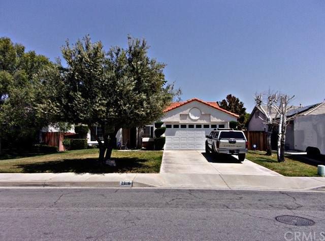 2816 W Rancho Vista Drive, Rialto, CA 92377 (#IG21103402) :: Mainstreet Realtors®