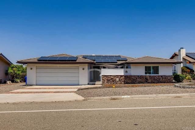 10936 Meadow Glen Way E, Escondido, CA 92026 (#NDP2105351) :: Power Real Estate Group