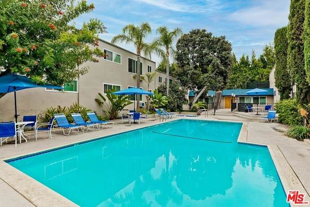 972 Larrabee Street #123, West Hollywood, CA 90069 (#21730346) :: Rogers Realty Group/Berkshire Hathaway HomeServices California Properties