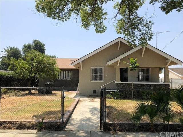 444 W 10th Street, Pomona, CA 91766 (#IV21103761) :: Millman Team