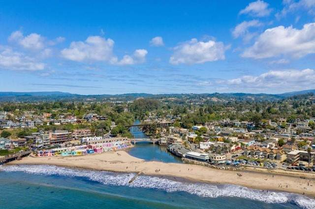 1520 42nd Avenue #3, Capitola, CA 95010 (#ML81843999) :: Compass