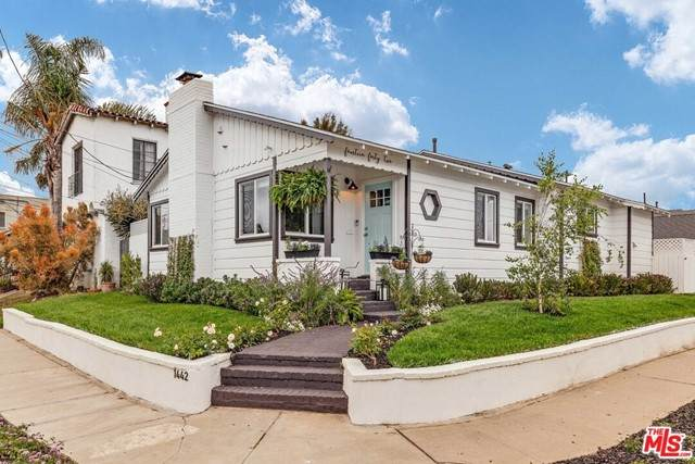 1442 S Ellsmere Avenue, Los Angeles (City), CA 90019 (#21732198) :: Zember Realty Group