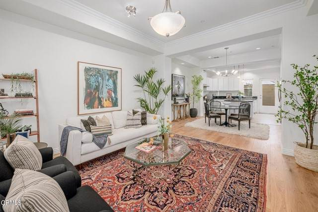 441 N Los Robles Avenue #16, Pasadena, CA 91101 (#P1-4740) :: McKee Real Estate Group Powered By Realty Masters & Associates
