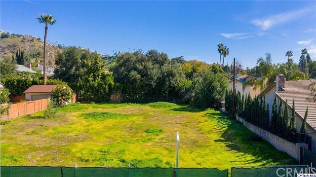 1420 Valley View Road, Glendale, CA 91202 (#320006099) :: The Parsons Team