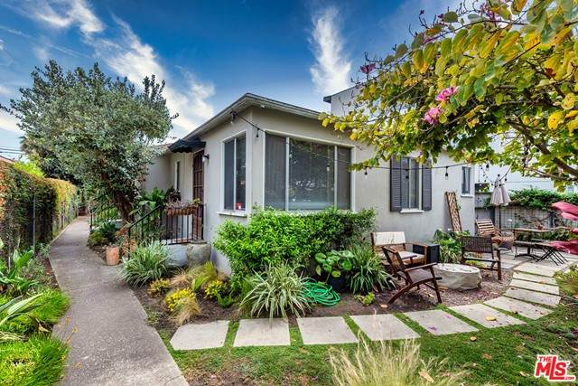 2339 Abbot Kinney Boulevard, Venice, CA 90291 (#21732174) :: McKee Real Estate Group Powered By Realty Masters & Associates