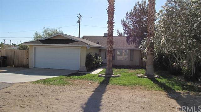 6235 Mojave Avenue, 29 Palms, CA 92277 (#JT21099544) :: McKee Real Estate Group Powered By Realty Masters & Associates