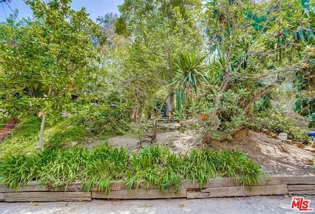 565 Milton, Los Angeles (City), CA 90065 (#21732316) :: Veronica Encinas Team