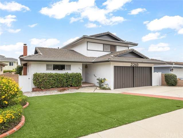 2260 W 229th Place, Torrance, CA 90501 (#SB21102333) :: Berkshire Hathaway HomeServices California Properties