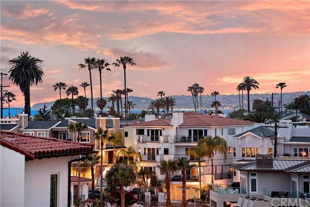 405 Arenoso Lane A, San Clemente, CA 92672 (#OC21104009) :: Power Real Estate Group