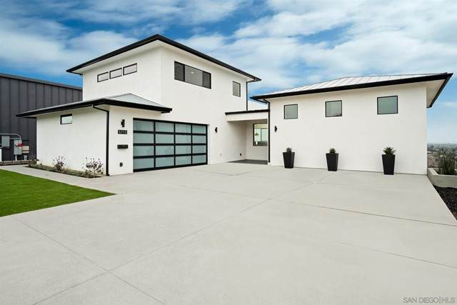 5715 Soledad Mountain Road, La Jolla, CA 92037 (#210013075) :: Mainstreet Realtors®