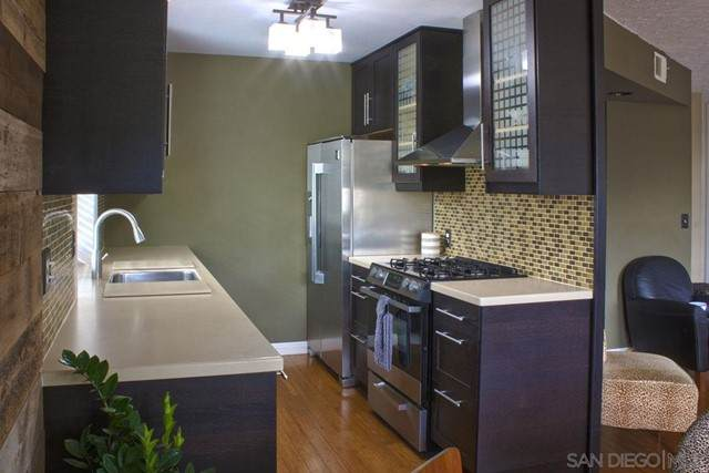 3856 Groton Street #3, San Diego, CA 92110 (#210013079) :: Jett Real Estate Group