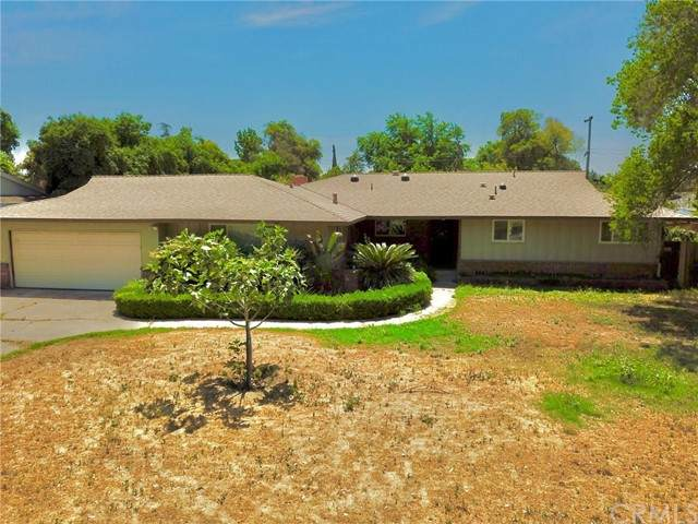 1559 W Celeste Avenue, Fresno, CA 93711 (#FR21104244) :: Wahba Group Real Estate   Keller Williams Irvine