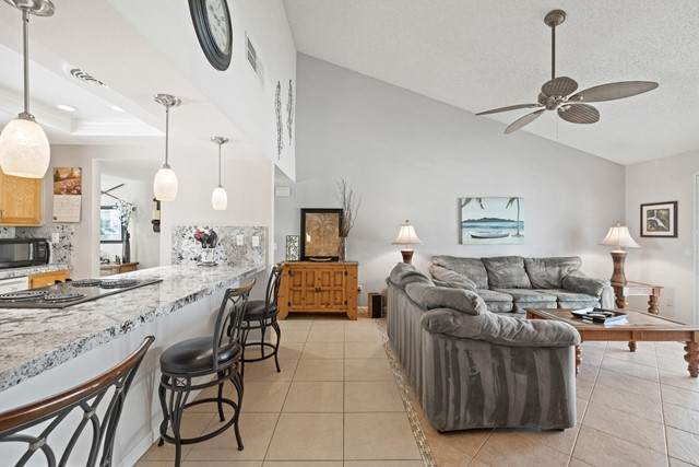 40307 Preston Trail, Palm Desert, CA 92211 (#219062086PS) :: Rogers Realty Group/Berkshire Hathaway HomeServices California Properties
