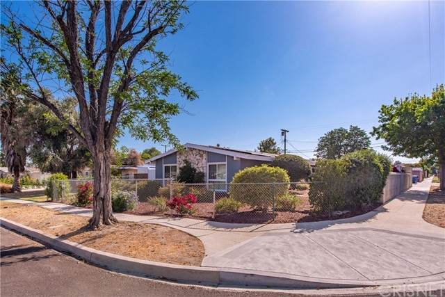 20334 Chase Street, Winnetka, CA 91306 (#SR21103473) :: Necol Realty Group