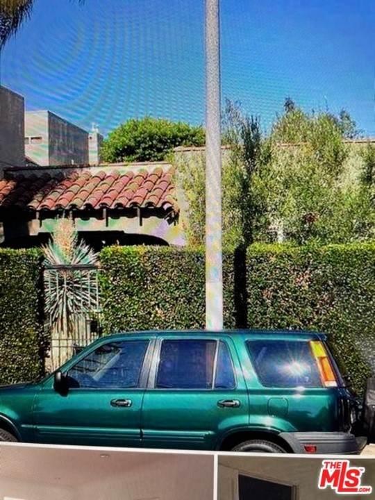 1150 Sycamore Avenue - Photo 1