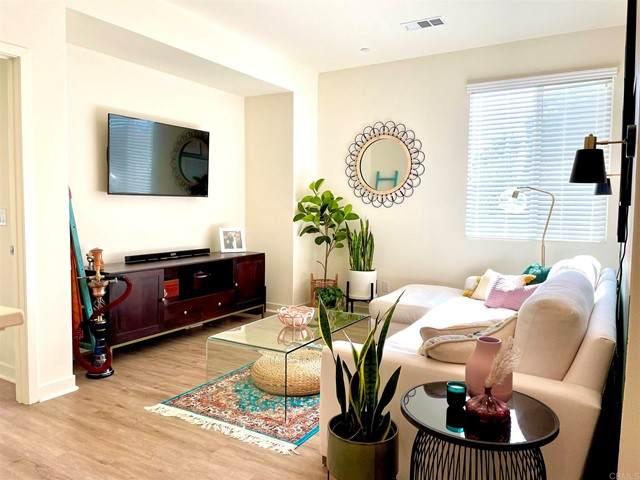 4127 Palomar Way, Oceanside, CA 92057 (#NDP2105382) :: Mainstreet Realtors®