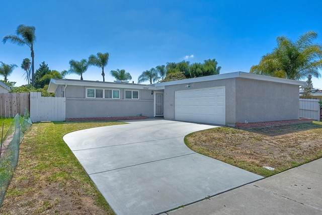 3256 Towser St, San Diego, CA 92123 (#210013113) :: Mint Real Estate