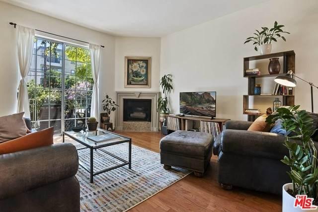11445 Moorpark Street #6, North Hollywood, CA 91602 (#21712138) :: Power Real Estate Group
